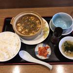 70377709 - 【2017年06月】土鍋マーボーセット@850円。
