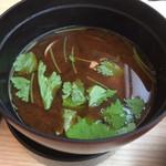 元禄寿司 - あさりの赤出汁