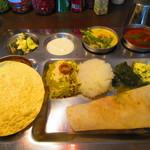 南インド家庭料理 カルナータカー