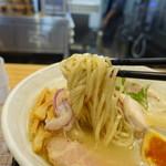 麺や厨 - 麺リフト