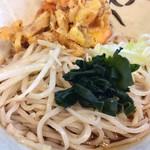 あきば - 冷やかけ天ぷら@510円   麺が美味しい!ツユはまずまずかな!コスパもイマイチね!
