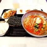 そうる肉食堂 承 - オリジナル冷麺セット¥880  韓国のり¥150