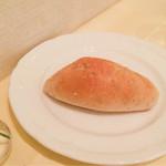 ランコントル - 自家製白ごまパン
