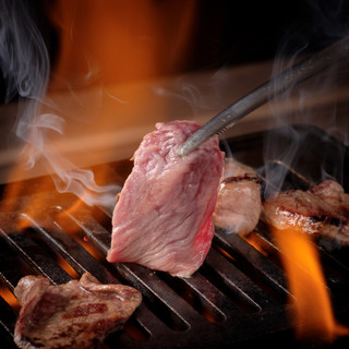 牛之宮名物の焼肉食べ放題