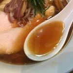 ラーメン屋 トイ・ボックス - トロントロンでパンチある冷やしスープ