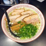 ヘルズキッチン - 【限定】大陸系豚清湯ソバ 750円