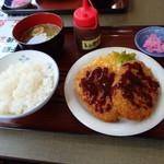 ひろ - 料理写真:コロッケ定食