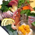 創作割烹 東 - 鮮魚のお造り5点盛り合わせ