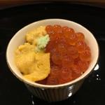 汐 - 料理写真:赤ウニとイクラのお寿司