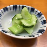 てんぷら 味覚 - 胡瓜の浅漬け