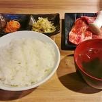 三水苑 - 日替わり焼肉ランチ1200円。