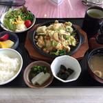 レストランSai - 料理写真:2017.6.24  プリプリホルモンにんにく焼き定食