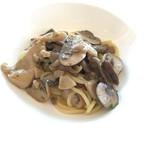 アル セッティモ チエロ - 天然キノコのスパゲッティ