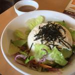 ガスト - 豆腐サラダ249円