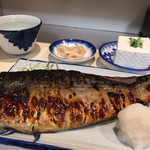 真 - 鯖の塩焼き定食