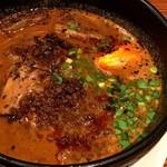 紅虎軒 - 牛バラ坦々麺