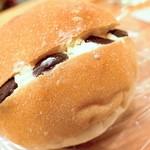 70420188 - チョコホイップパン