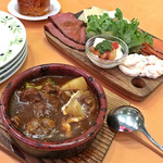 イタリアンダイニングDONA - 前菜6種盛り / 牛タンの赤ワイン煮