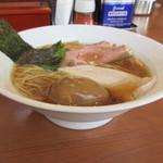 中華そば 七麺鳥 - 丼の形状