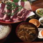 仙人小屋 - 熊&鹿 焼肉定食
