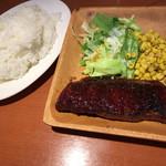 肉ビストロTONO - 肉屋のマル得黒毛牛ステーキ(牛フランク)