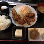 酒肴ちいち - 若鶏の唐揚げ食べ放題定食(おろしポン酢・タルタルソース)