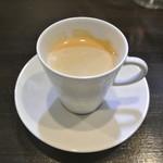 アキヒサ ハンダ - カフェ