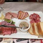 熟成肉バル イチノミヤウッシーナ - おまかせ5種盛り合わせ