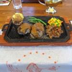 ハングリータイガー - 料理写真:オリジナルハンバーグ