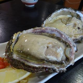 鈴女 - 料理写真:生牡蠣