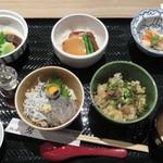 和食レストラン 熱海 碧 - 三味丼ご膳