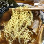 70439007 - 中細縮れ麺