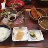 平塚漁港の食堂 - 料理写真:地魚刺身5点盛り