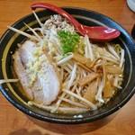 らーめん 味噌ガッツ - 料理写真:味噌らーめん 760円