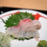 鯛茶福乃 - 鯛の切り方がもう一つ
