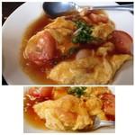 博多 弁天堂 - ◆海老と熊本トマトの卵炒め・・少し甘酸っぱい中華餡がかけられています。 小海老が3個ほど入り、卵はフワフワ仕上げ。