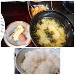 博多 弁天堂 - ◆小鉢は「切り干し大根」 ◆お味噌汁。 ◆ご飯はツヤもなくイマイチ。こういうお料理では、美味しい品を出してほしいですね。