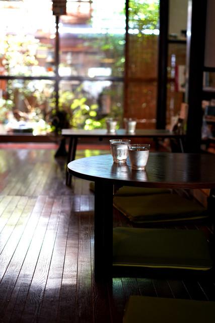 カフェイチマルマルイチ - 座敷の雰囲気がまた良いね。