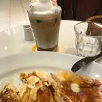 ライトカフェ - 3Dラテとリコッタチーズ