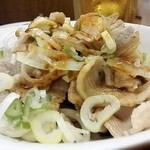 福しん 新宿ペペ前店 - 雲白肉¥160