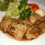 つぼ八 - 料理写真:ランチメニュー豚生姜焼き定食