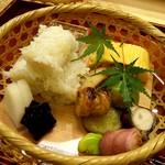 味 ふくしま - お弁当(手前1品食べちゃった後です^^)