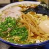 さんかく - 料理写真:中華そば大盛り、燻製玉子
