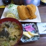 70470179 - →続き◉さすけ定食(アジフライと刺身)  税込み1500円。アジフライは4切れはあったと記憶しています。