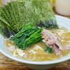 まこと家 - 料理写真:ラーメン、海苔、ほうれん草