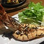 新栄鐵板堂 - 大エビの塩焼き550円