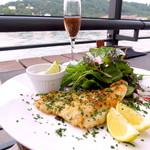 70472039 - お魚のフライとグリーンサラダ