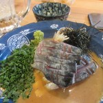 須崎屋台かじしか - 博多の居酒屋には欠かせないごまサバや屋台時代には食べれなかった刺身もこちらではいただけました。