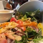 バリラックス ザ ガーデン - サラダ溢れる美味しさw