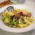 水新菜館 - 蒸し鶏と枝豆の和え物